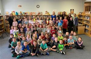 All K-2 students in one picture with Star Derry (CBS 4)